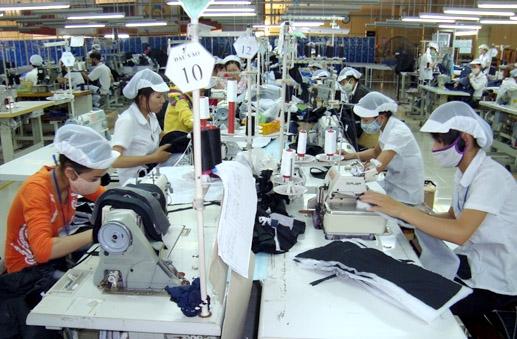 Cơ hội xuất khẩu hàng dệt may, da giầy, túi sách