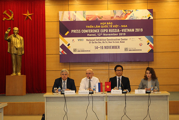 Triển lãm Quốc tế Việt - Nga: Tăng cường hợp tác doanh nghiệp 2 bên